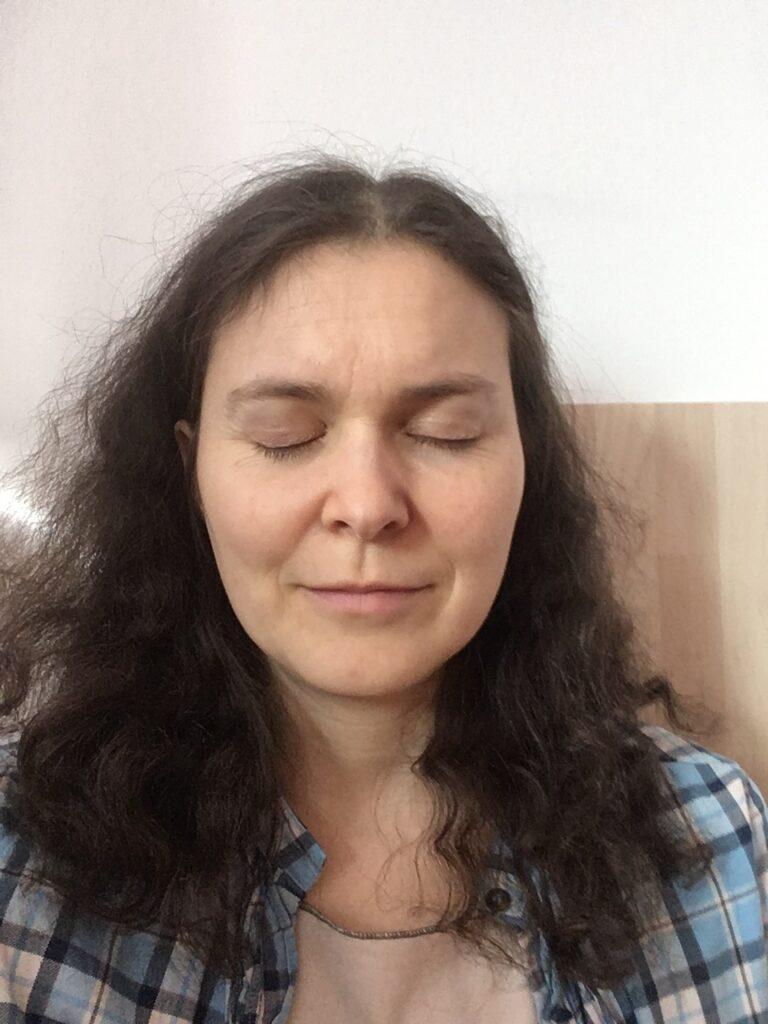 Judith beim Meditieren